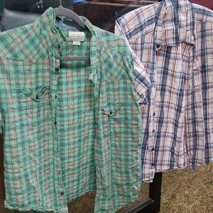 Lot of 2 mens shirts lucky brand and kavu